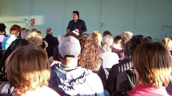 Conférence Saint-Lyé la forêt Victor Maia voyant médium spiritualiste