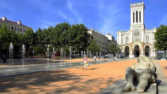 Conférence Saint-Etienne Victor Maia voyant médium spiritualiste