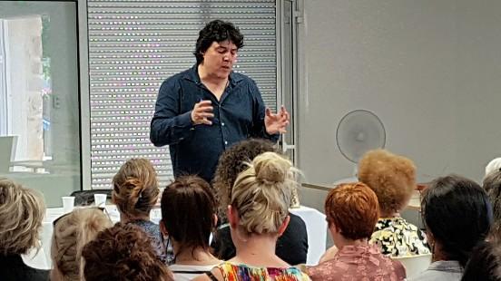 Conférence Annonay Victor Maia voyant médium spiritualiste