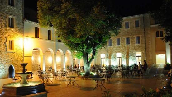 Conférence Avignon Victor Maia voyant médium spiritualiste