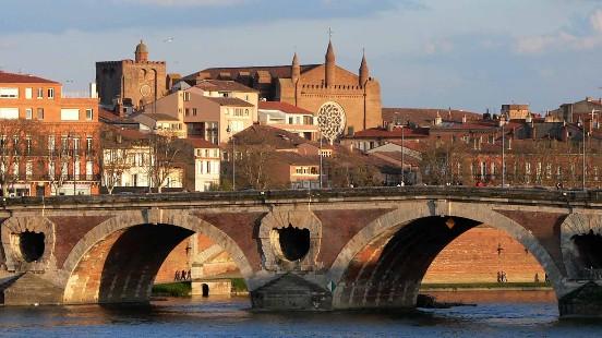 Conférence Toulouse Victor Maia voyant médium spiritualiste