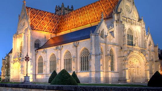 Conférence Bourg-en-Bresse Victor Maia voyant médium spiritualiste